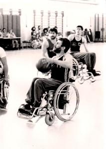 Vilnai in azione da giocatore di basket