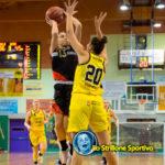 Basket femminile A2: per metà partita il Fanola se la gioca con la capolista GEAS